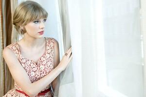Taylor Swift Musician Wallpaper