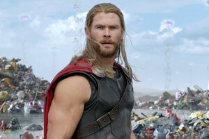 Thor In Thor Rangnarok Movie