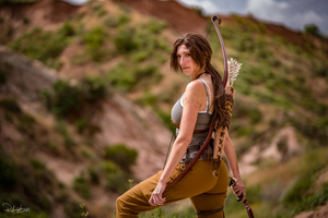 Tomb Raider Lara Croft Cosplay 5k Wallpaper