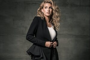 Tori Kelly Wallpaper