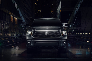 Toyota Tundra Nightshade Crewmax 10k Wallpaper
