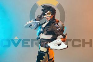 Tracer Overwatch Cosplay 2020 Wallpaper