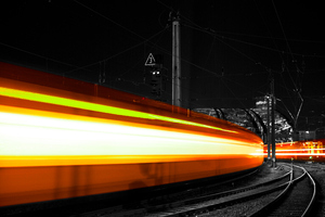 Train Long Exposure 4k Wallpaper
