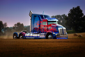 Transformers The Last Knight 5 Optimus Prime Truck 5k Wallpaper