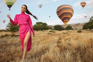 Victoria Justice Modeliste Magazine 4k 2019