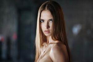 Victoria Lukina Model Wallpaper