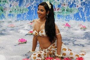 Vidya Balan Sexy Wallpaper