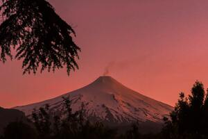 Villarica Volcano Pucon Chile Coverd In Snow 5k Wallpaper