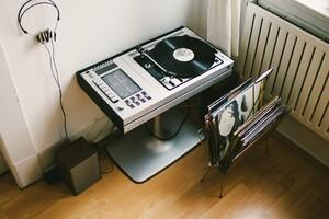 Vinyl Turntable Records Headphones Wallpaper