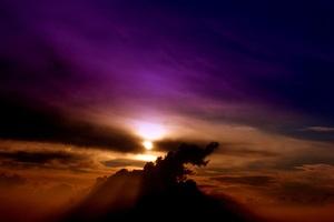 Violet Clouds Sky 4k