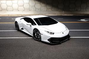 White Lamborghini Huracan 2020 4k Wallpaper