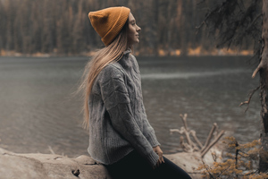 Women Gray Sweater Wallpaper