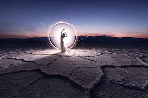 Women Landcape Light Painting Wallpaper