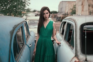 Women With Cars In Green Dress Wallpaper