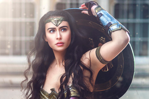 Wonder Woman Cosplay 4k New Wallpaper