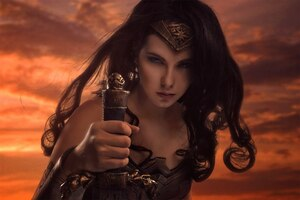 Wonder Woman Cosplay Wallpaper