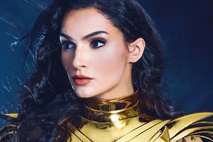 Wonder Woman Golden Armor Cosplay 4k Wallpaper