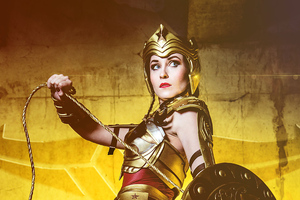Wonderwoman Cosplay Wallpaper