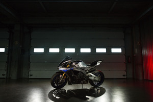 Yamaha R1 M Wallpaper