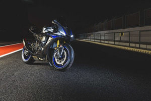 Yamaha R14k Wallpaper