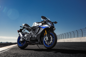 Yamaha R1m 4k