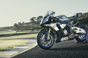 Yamaha YZF 1000 Wallpaper