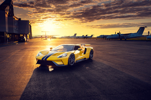 Yellow Ford Gt 4k