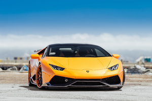 Yellow Lamborghini Huracan Front 4k Wallpaper