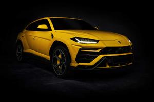 Yellow Lamborghini Urus 4k Wallpaper