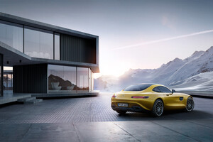Yellow Mercedes Benz Amg GT 2019 Wallpaper