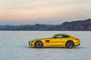 Yellow Mercedes Benz Amg GT 8k