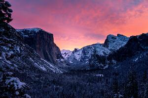 Yosemite Golden Hour Above Body Of Water 8k Wallpaper