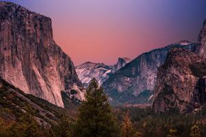 Yosemite Valley In United States Wallpaper