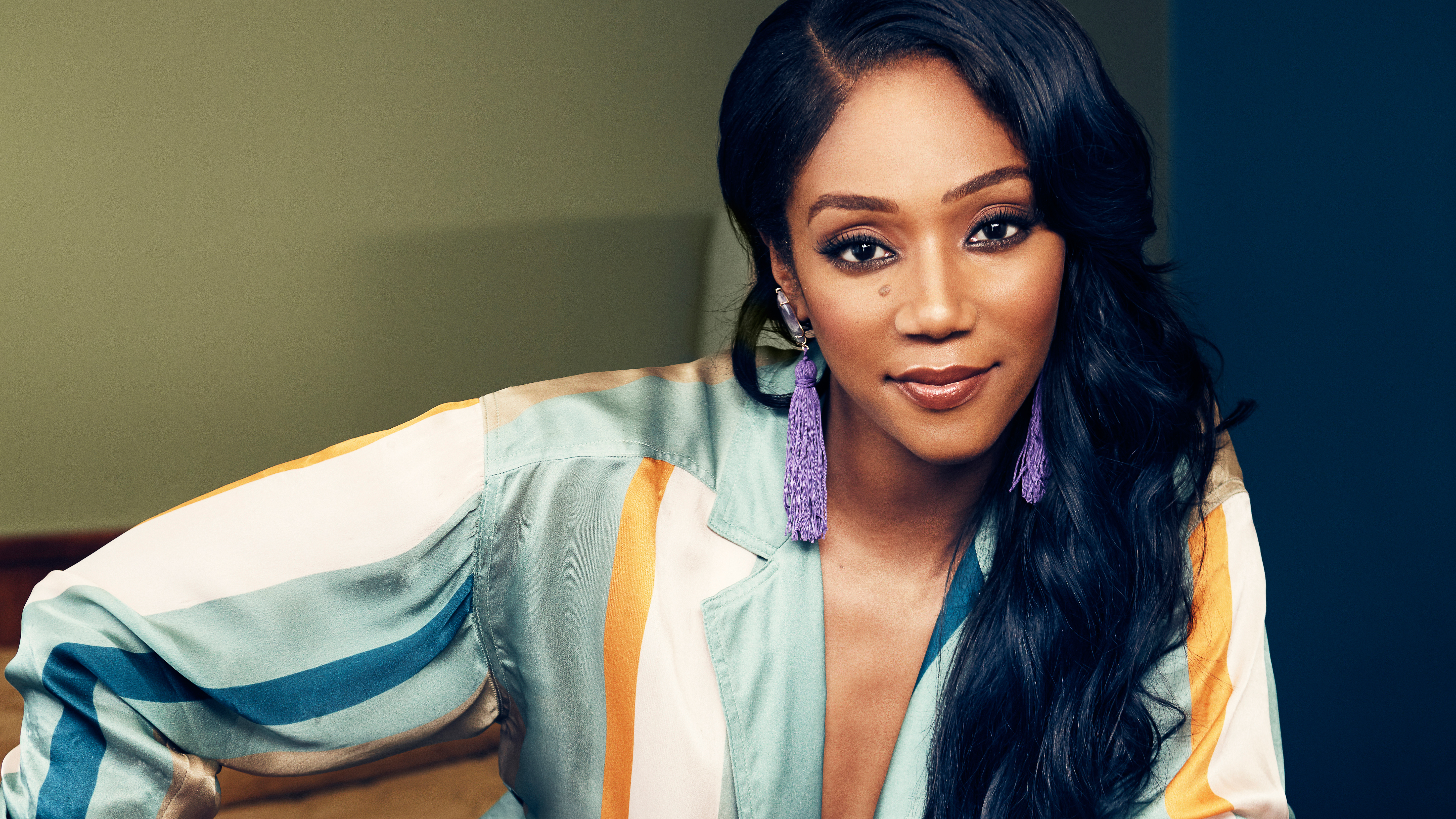 Tiffany Haddish Hd Celebrities 4k Wallpapers Images Backgrounds Photos And Pictures