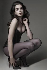 540x960 2016 Anne Hathaway