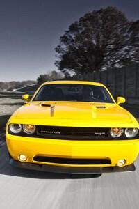 540x960 2016 Dodge Challenger
