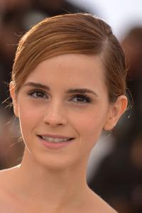 320x480 2017 Emma Watson