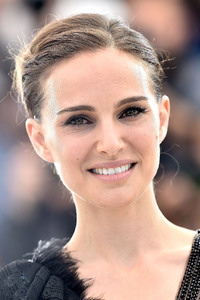 2017 Natalie portman At Event