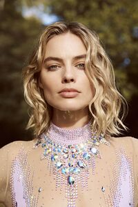 2018 Margot Robbie Photoshoot