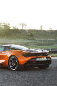 480x800 2018 McLaren 720S Rear