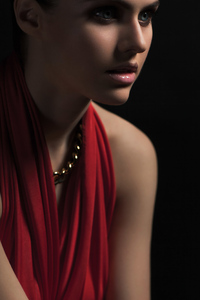 2019 Alexandra Daddario New