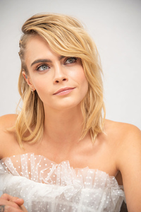 1125x2436 2019 Cara Delevingne At The Carnival Row Press Conference