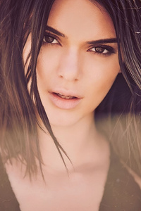 2160x3840 2019 Kendall Jenner