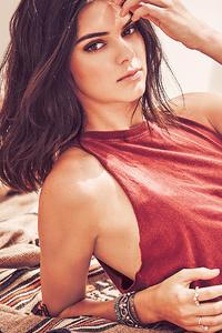 640x1136 2019 Kendall Jenner Penshoppe4k