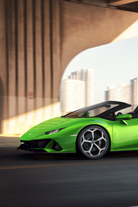 2019 Lamborghini Huracan Evo Spyder Side View