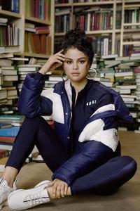 800x1280 2019 Puma Selena Gomez 8k