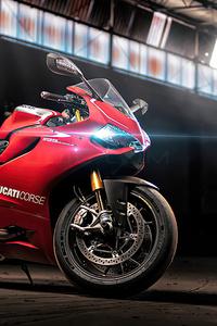 640x1136 2020 Ducati Panigale V4 S Corse