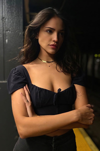 2020 New Eiza Gonzalez