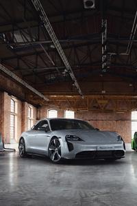 1125x2436 2020 Porsche Taycan Turbo Sportdesign 10k