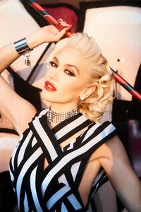 1080x1920 2021 Gwen Stefani Wonderland Magazine Spring 4k